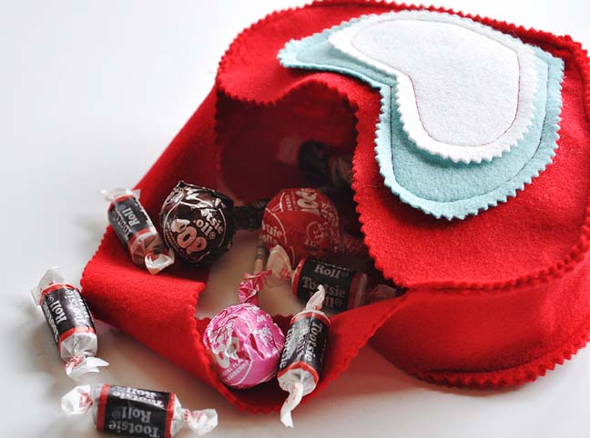 HEART BAG AND CANDY