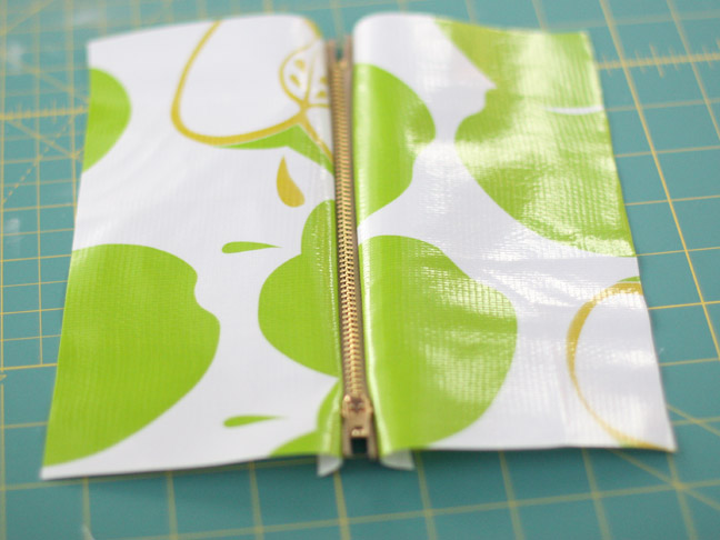 sewing a zipper to two pieces of fabric