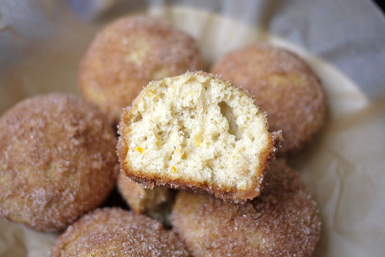 Oven Baked Cinnamon Sugar Puffs Donut Holes