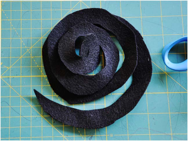 Witch Hat DIY Costume - Step 10
