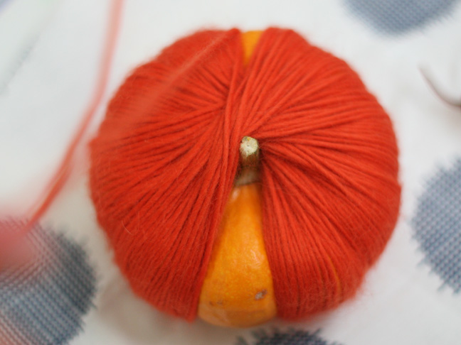 Thanksgiving Yarn Pumpkins DIY Craft