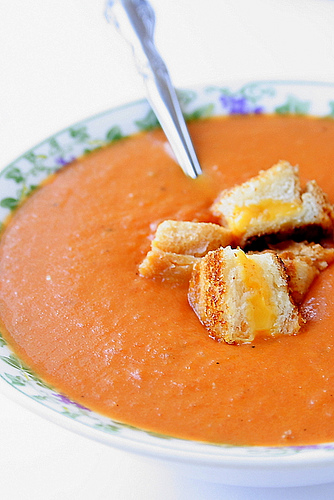Grilled Cheese Tomato Soup Croutons