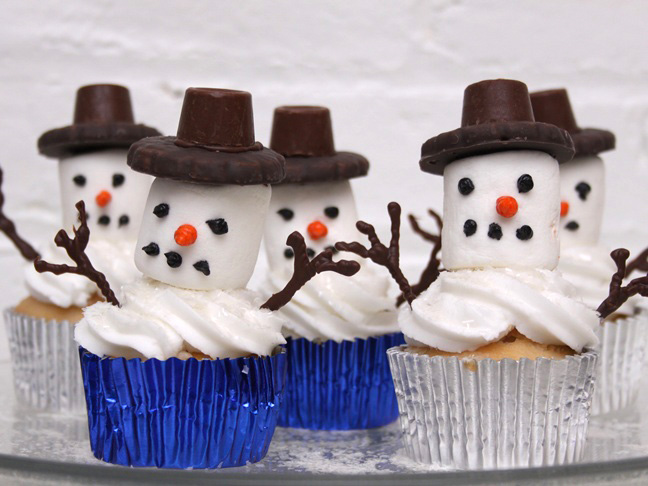 how to make snowmen cupcakes