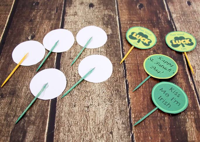 St.-Patricks-Day-button-cupcake-topper-step-12
