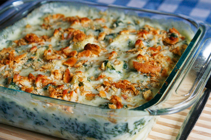 Cheesy Baked Spinach Mac and Cheese Recipe