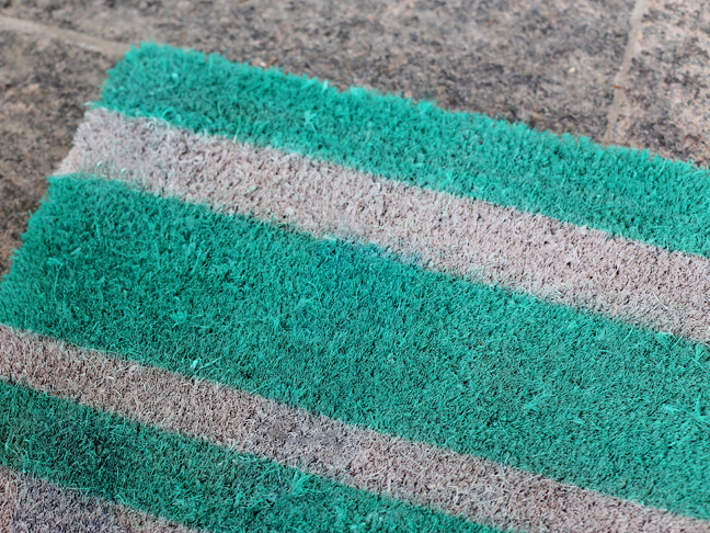 DIY Upcycled Door Mat