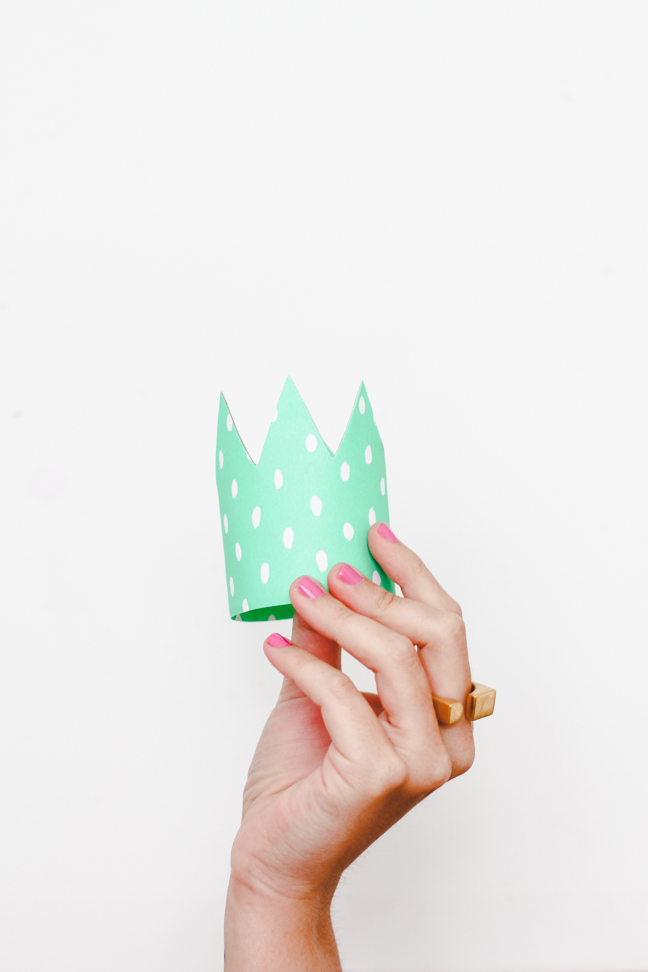 paper-crowns-diy-10