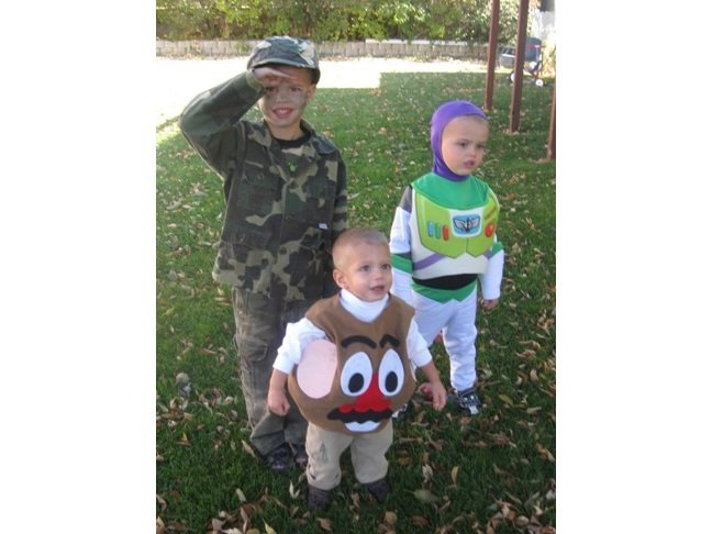 DIY-toy-story-costume-momtastic