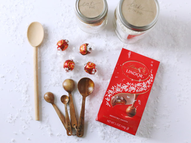 Lindt-Holiday-Gift-Basket-3
