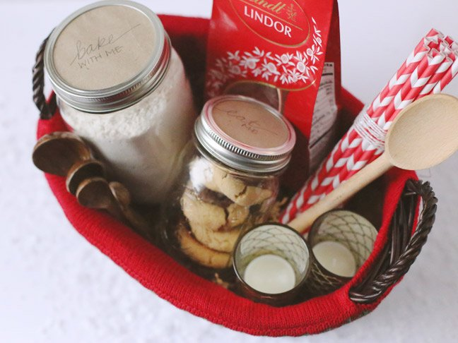Lindt-Holiday-Gift-Basket