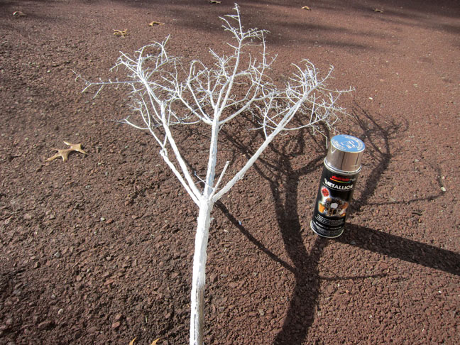 spray_paint_branch_silver
