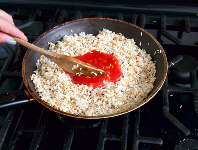 saute rice with tomatoe sauce