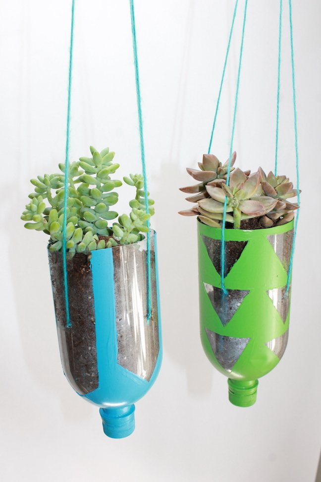 DIY Hanging Recycled Water Bottle Planter Project – mumtastic.com