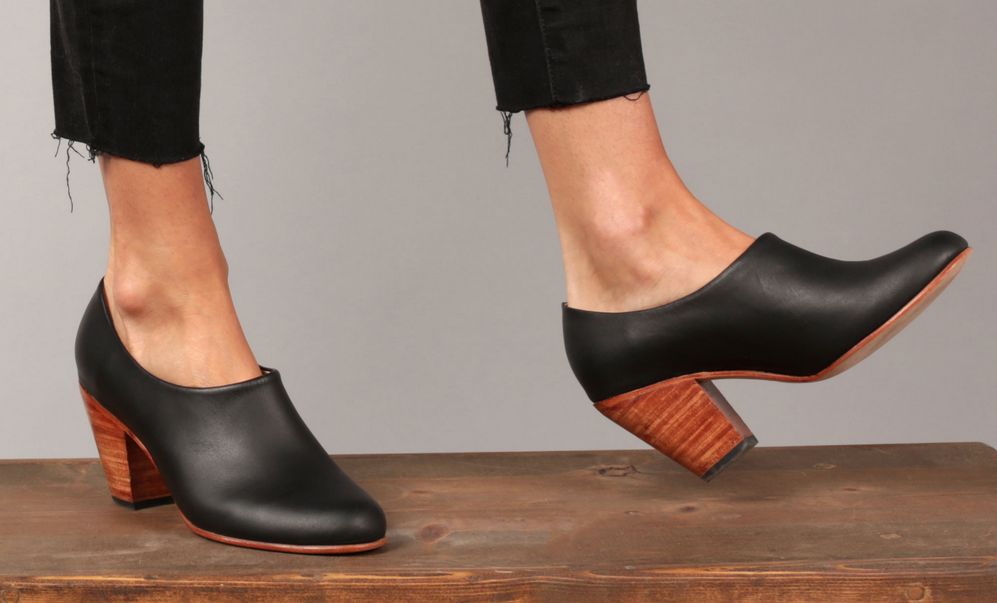 Nisolo shoes booties in black with wood heel