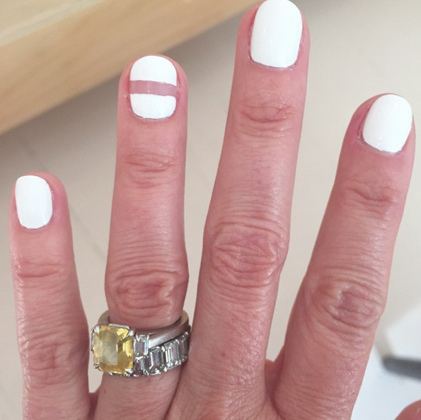 negative_nail_by_olive_and_june