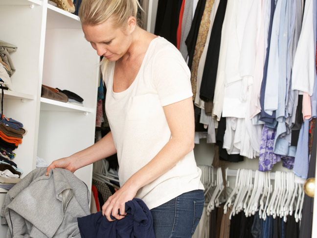 24 Easy Ways to Declutter Your Home Right Now