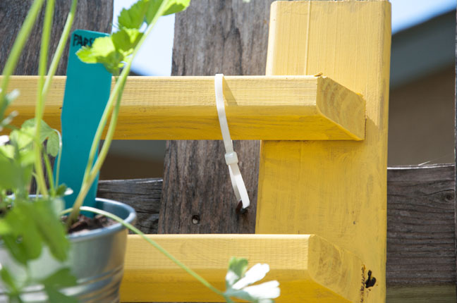 diy-vertical-herb-garden-7