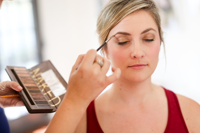 How to fill in brows like a pro