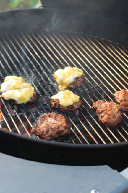 grilled-spiced-turkey-burgers