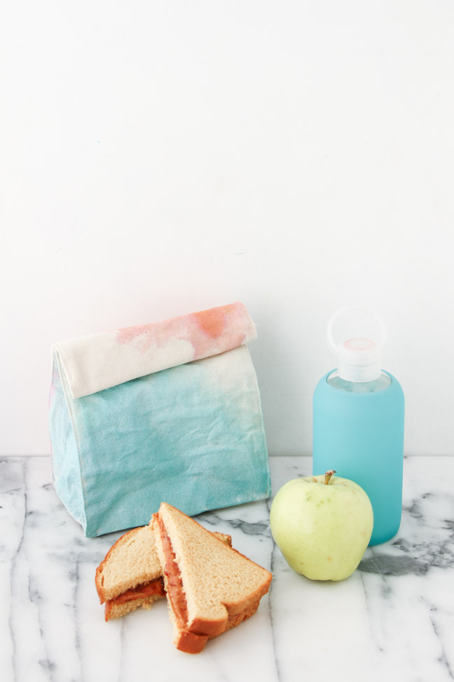 Back to School DIY // Watercolour Lunch Bags