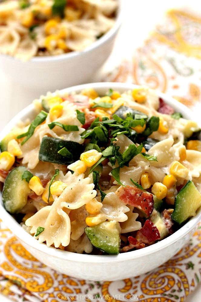 Sweet-corn-and-zucchini-pasta-with-bacon