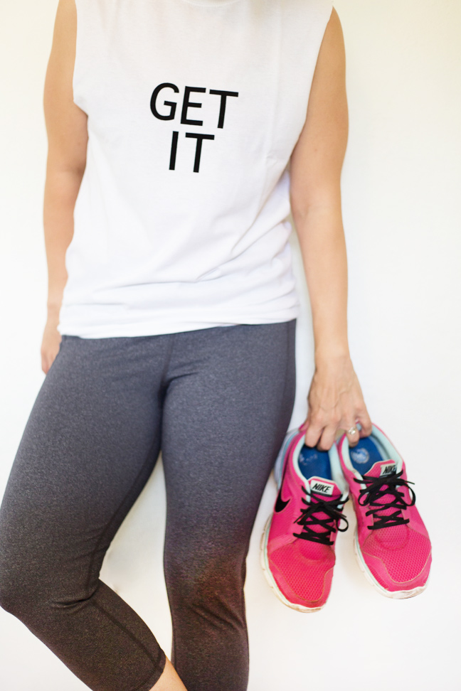 diy-workout-tee-gym-shoes