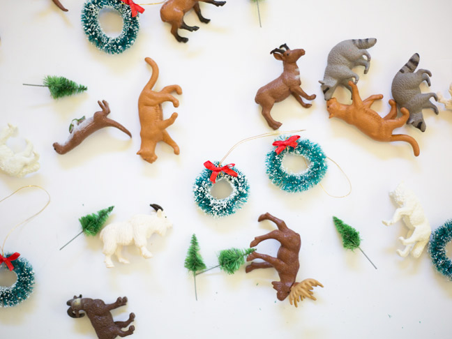 animals-and-wreaths