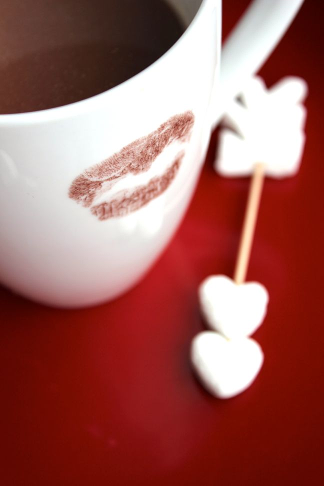 cupid-arrow-valentine-hot-chocolate-cocoa-mug-red-heart