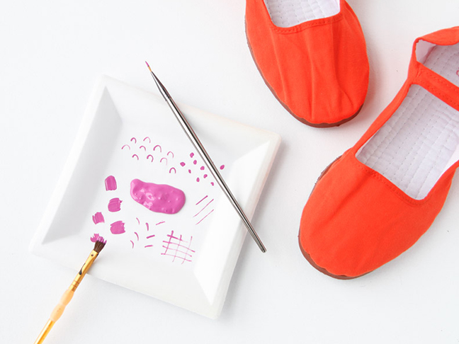 Painting May Janes with a Colorful Pattern