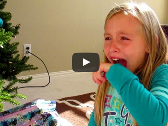 15 Epic Ways Parents Surprised Their Kids With a Trip
