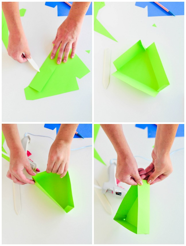 folding paper into a triangle box