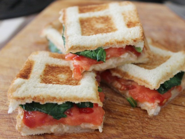 waffle sandwich with tomatoes
