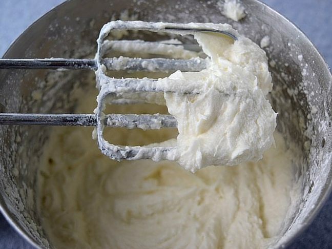 bourbon cake frosting