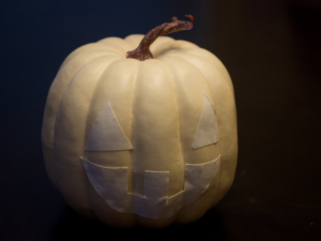 DIY_Glow_In_The_Dark_Pumpkin_5