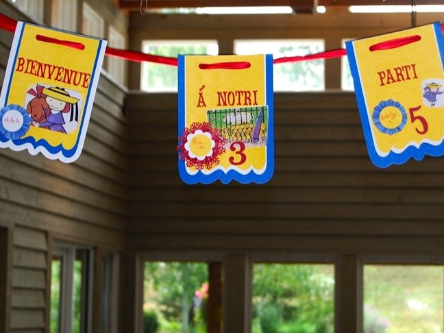 paris-banner-red-yellow-blue-madeline-party