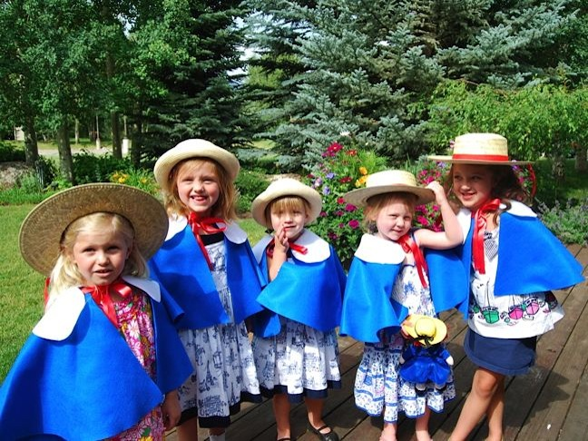 girls-madeline-blue-cape-straw-hat-birthday-party