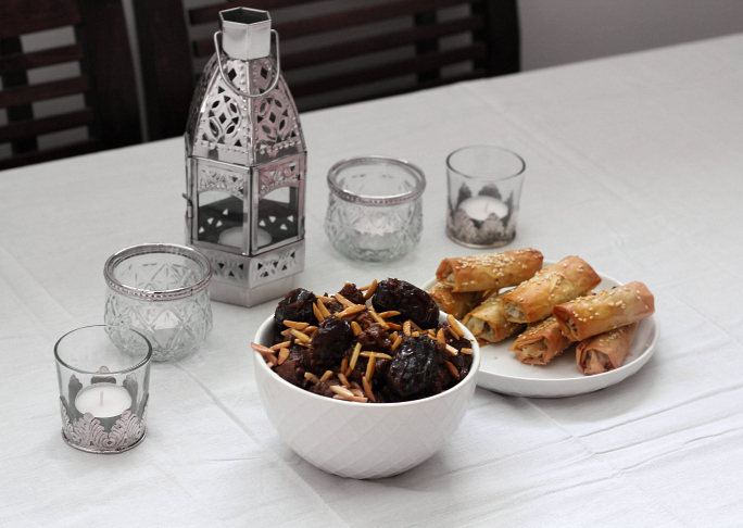 How to host a Moroccan Dinner Party