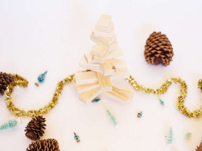 pottery-barn-inspired-wood-christmas-tree-spinning