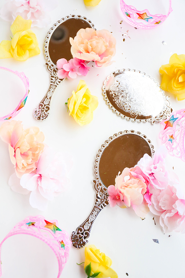 Princess Party Favours - Belle's Magic Mirror