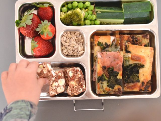 My Quick Guide to Ditching Packet Snacks in the Lunch Box for Good