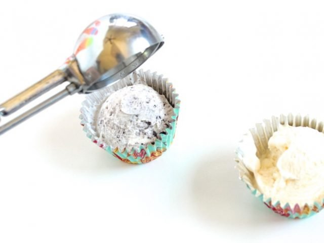ice-cream-scoop-oreo-ice-cream-in-a-cupcake-liner