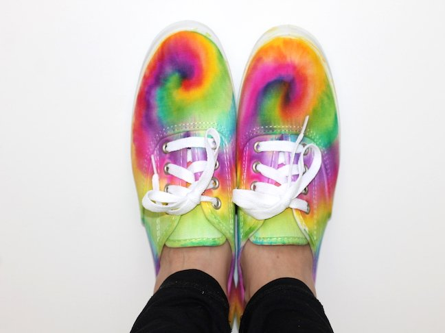 final 4 Tie Dye Sharpie Sneaker Project