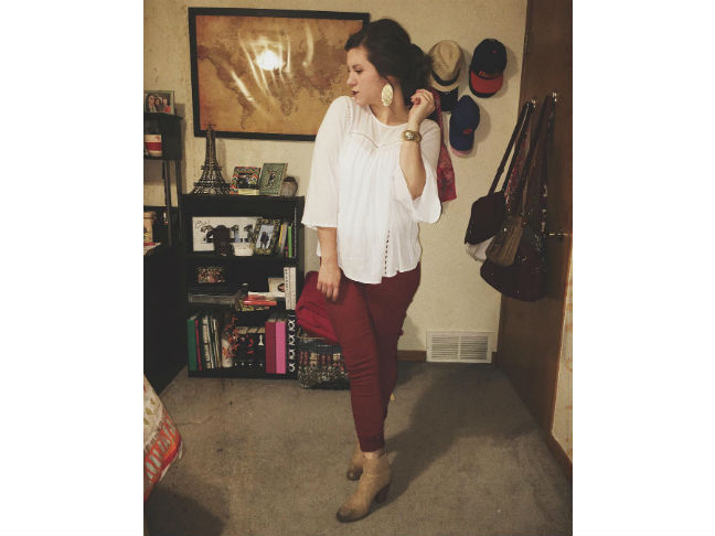 burgundy jeans with brown ankle boots