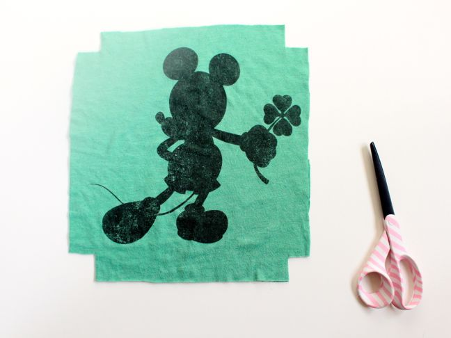 mickey-mouse-shirt