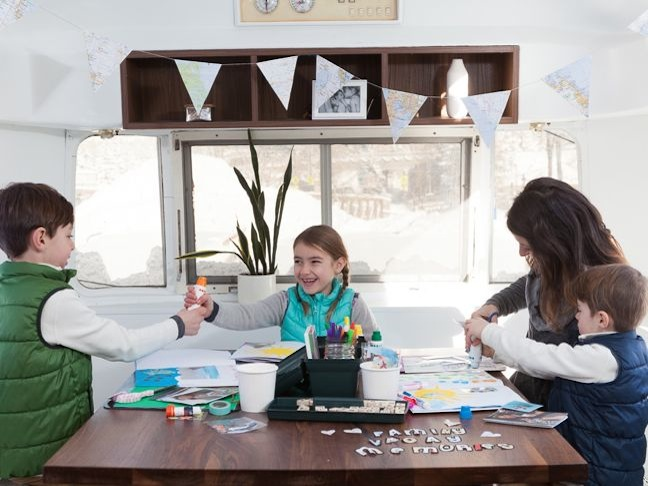 mom-and-kids-scrapbooking-art-and-craft-time