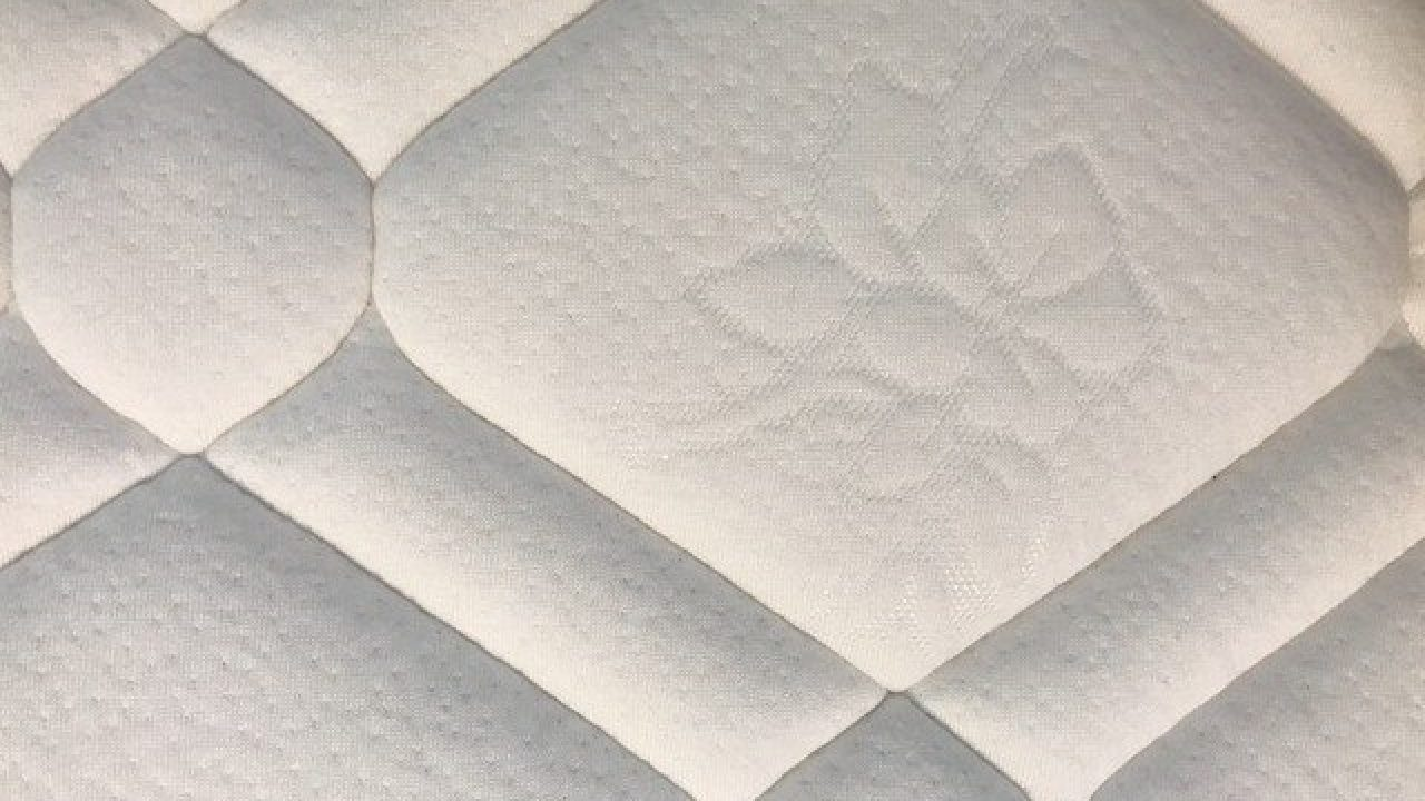 How To Clean Your Mattress In 4 Simple Steps
