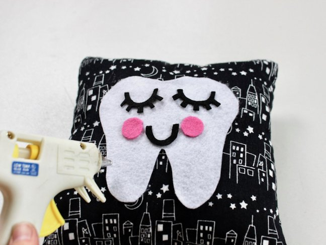 Be Ready For The Tooth Fairy With This DIY Tooth Fairy Pillow