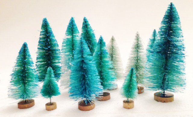 diy-dip-dyed-bottle-brush-trees.ohlovelyday.8