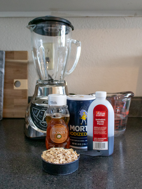 Make this Easy 5-Minute Oat Milk for the Week