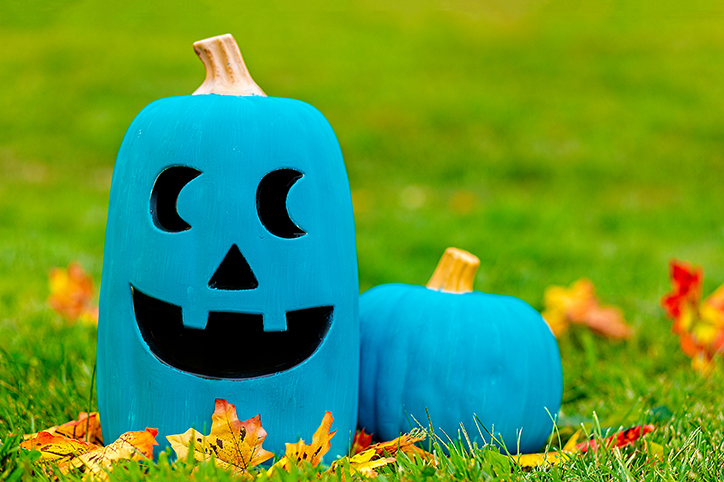 Four Allergy-Friendly Ideas For the Halloween Teal Pumpkin Project